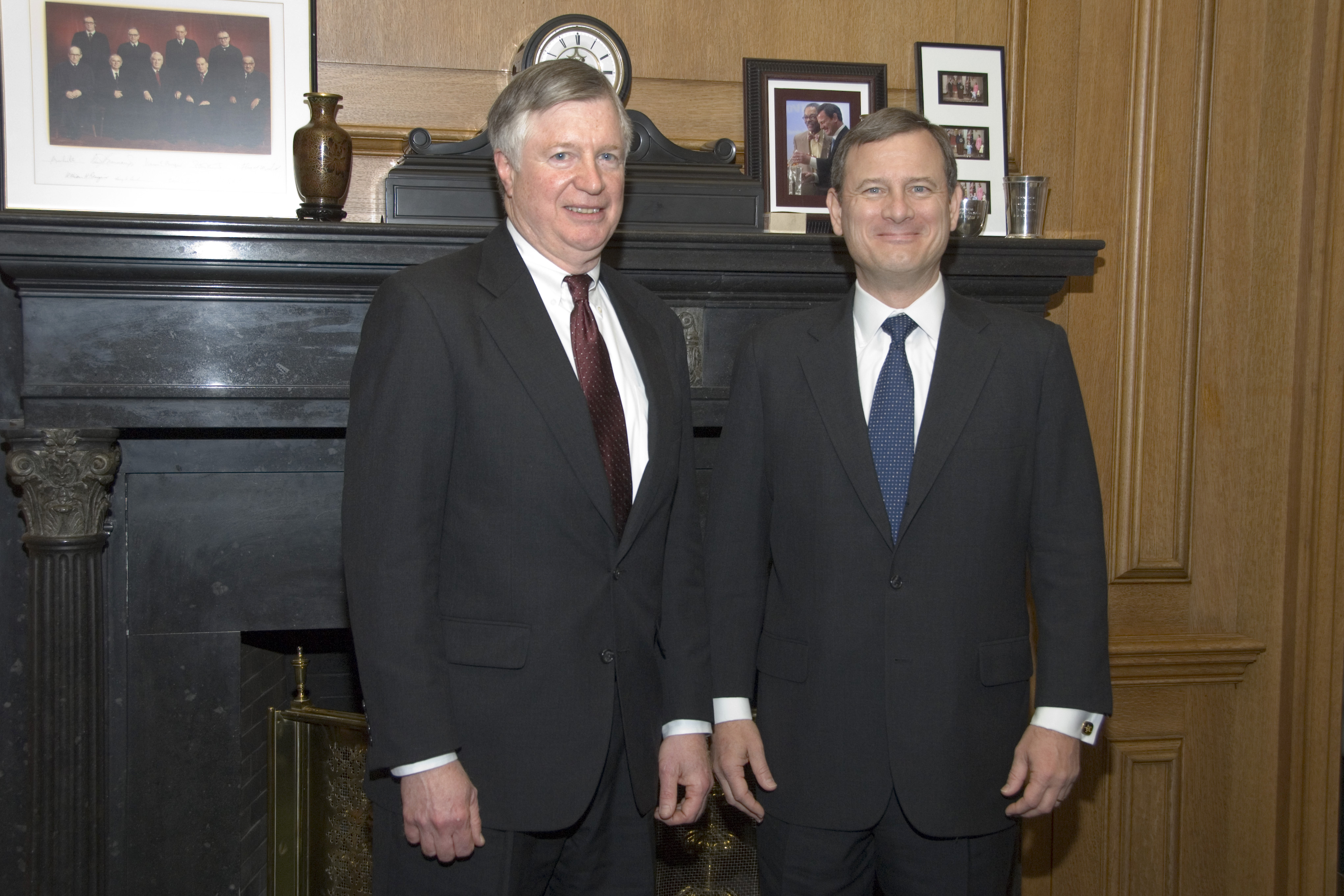 Tom Loftus '68 with Chief Justice