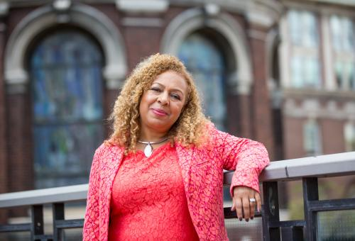 Kellie Jones '81