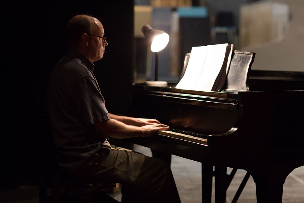 Eric Sawyer at the piano