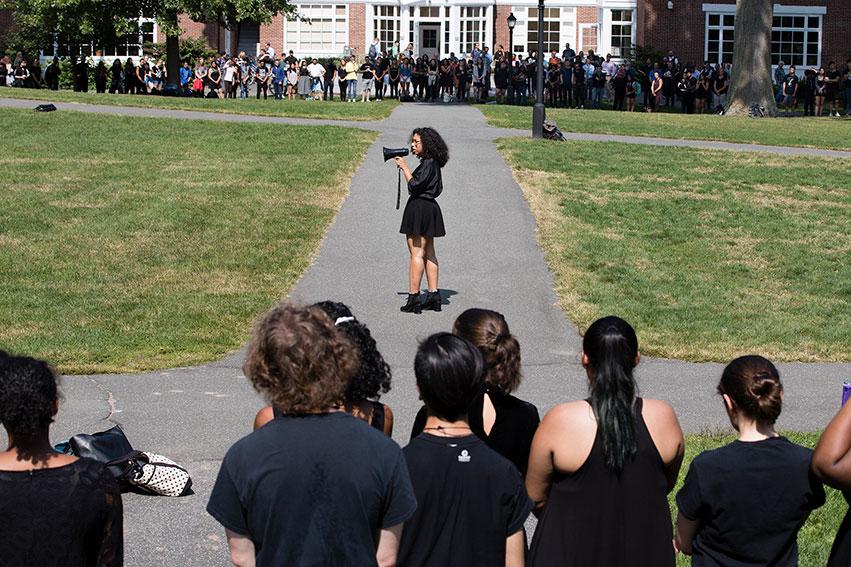 Irisdelia Garcia '18 addresses the crowd