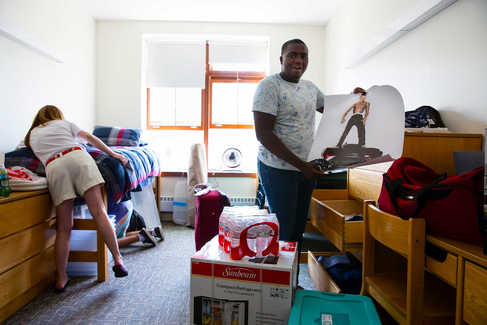 Abdullah Brownel '22, from St. Louis, Mo., moving in.Room