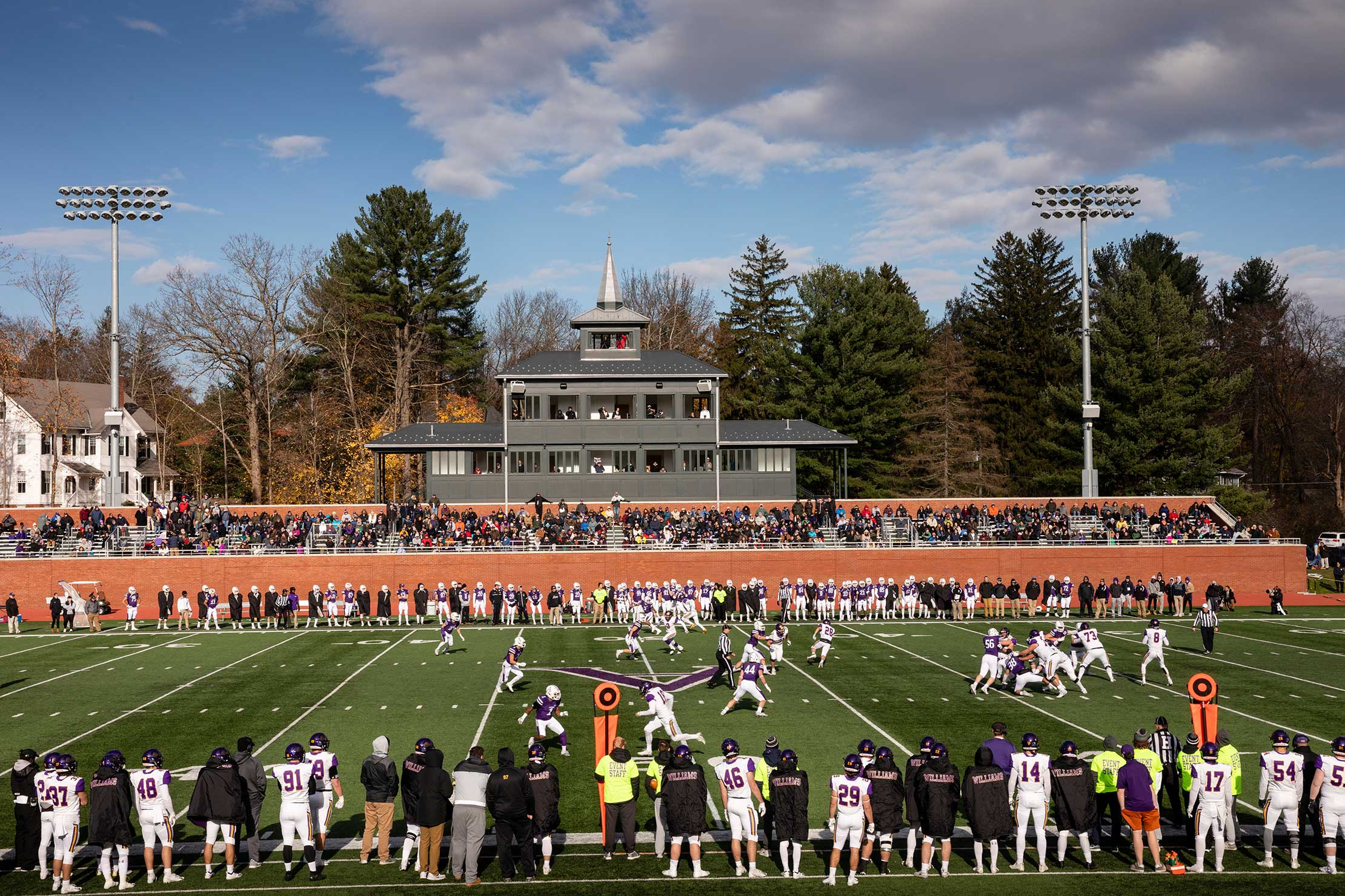 Amherst College and Williams College on the football field.