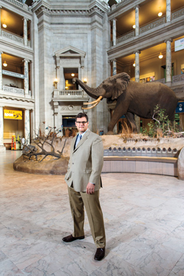 Kirk Johnson '82 in main entrance of Smithsonian Museum of Natural History