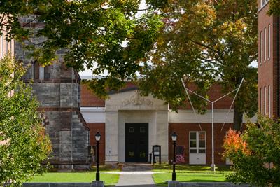 The Mead Art Museum entrance