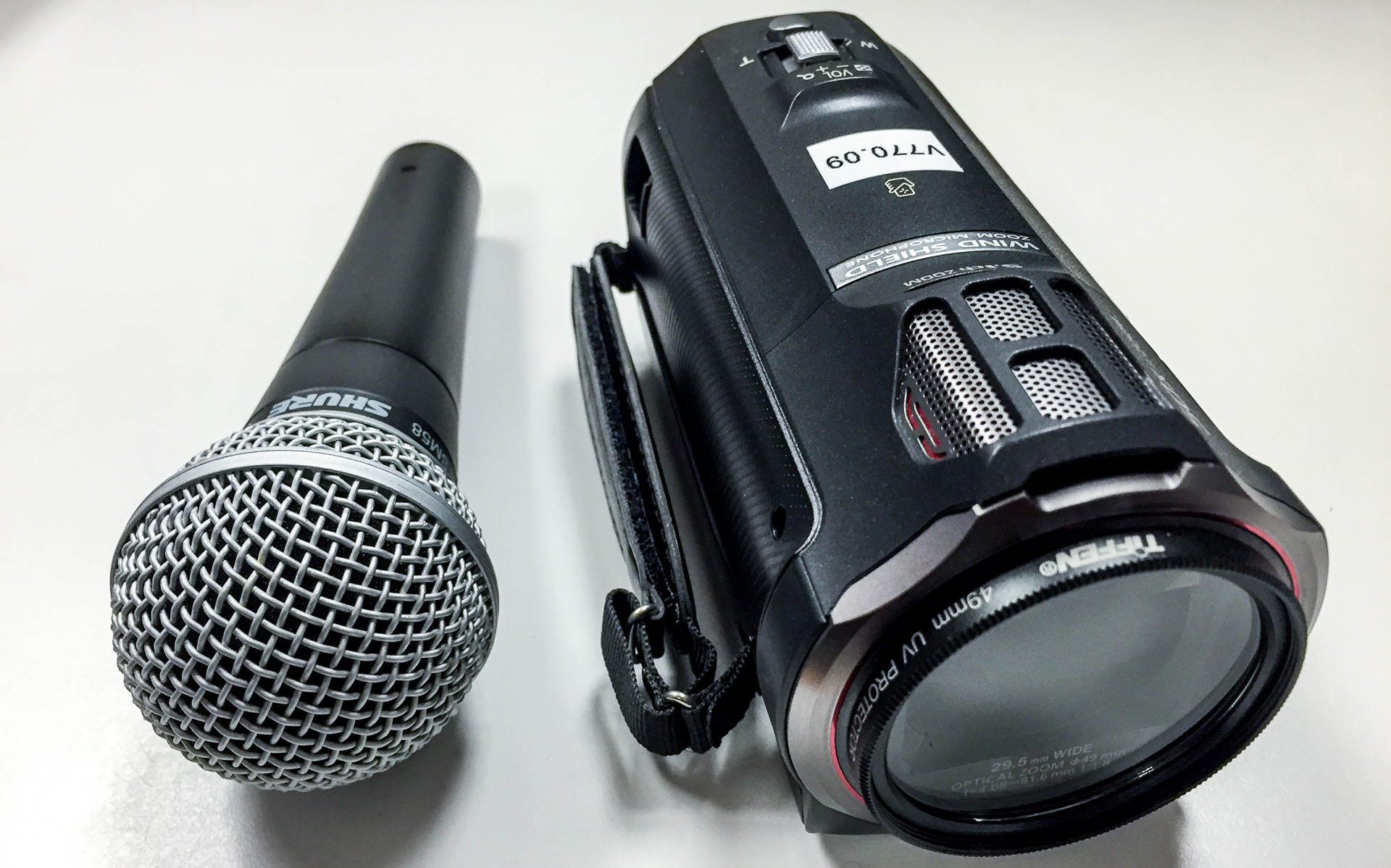 Microphone and Camcorder
