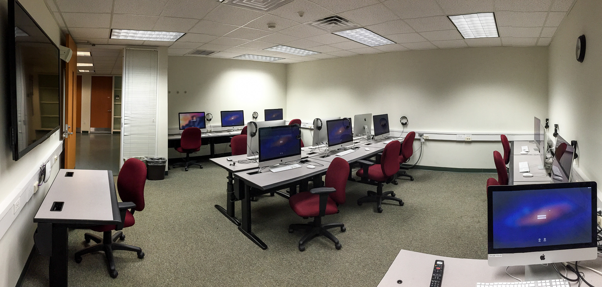 SMudd 116 Multimedia Lab