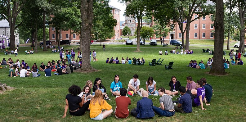 Students sitting in circles on Quad