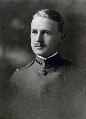 Portrait of Wallace Leonard, Class of 1916