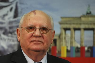 gorbachev_85416778_400x267.jpg
