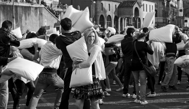 Flash mob pillow fight in 2011 in Rome