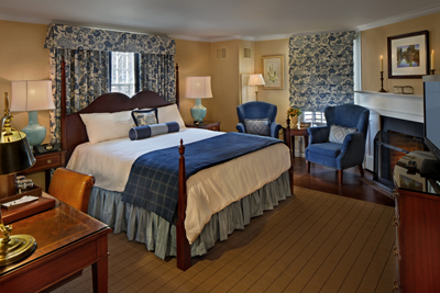 Lord Jeffery Inn room