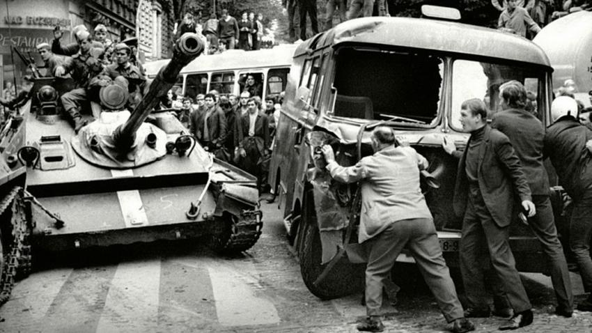Prague Spring, Soviet Invasion of Czechoslovakia, 1968