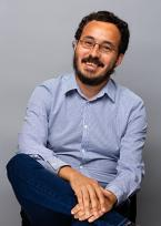A photo of Professor Ivan Contreras