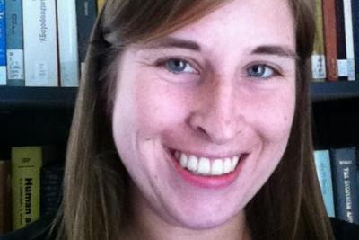 Adrianna Link headshot
