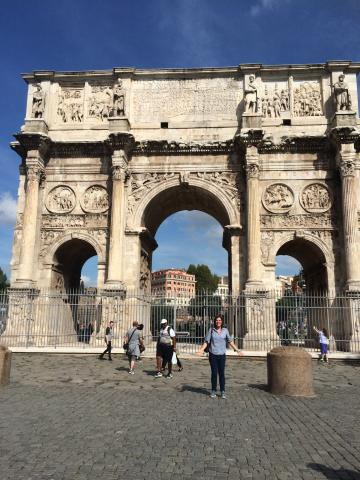 2015F A. Grisante at the Arch of Constantine.jpg