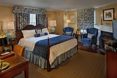 Lord Jeffery Inn room