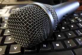microphone on a keyboard