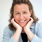 Claudia Kalb '85
